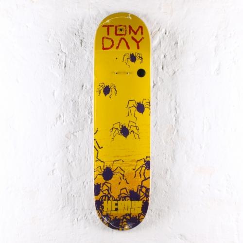 Heroin – Giallo – Tom Day