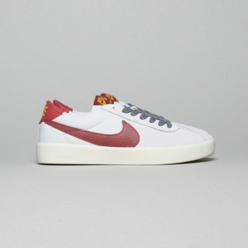 Nike – Bruin React – Photon Dust – 003