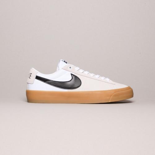 Nike – Blazer Low Grant Taylor –  White / Black...