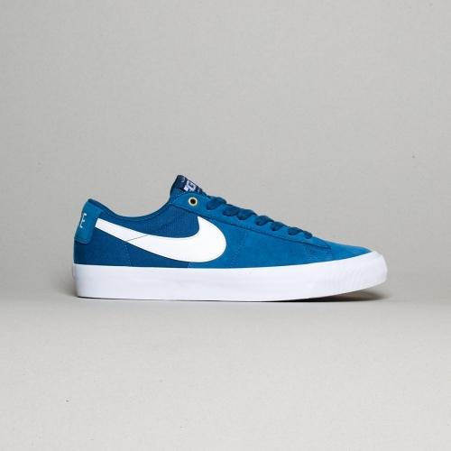 Nike – Blazer Low Grant Taylor –  Court Blue/...