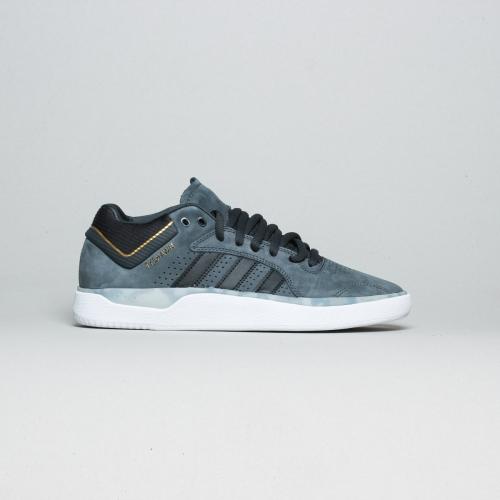 Adidas – Tyshawn – Carbon / Black
