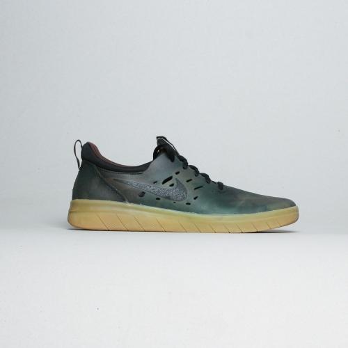 Nike Sb - Nyjah Free Premium – 900