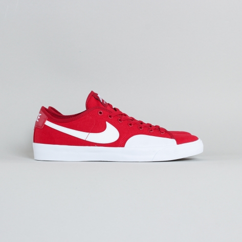 Nike – BLZR Court – Red / White – 600