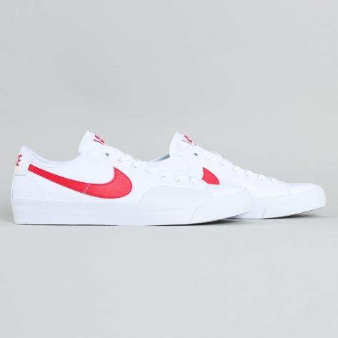 Nike – BLZR Court – White / Red – 100